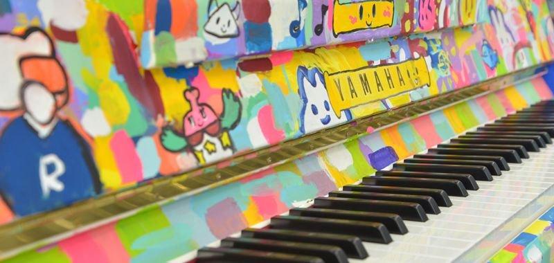 《銀座》みんな自由に弾いて!キュートすぎるカラフルピアノ登場 3月12日(月)まで