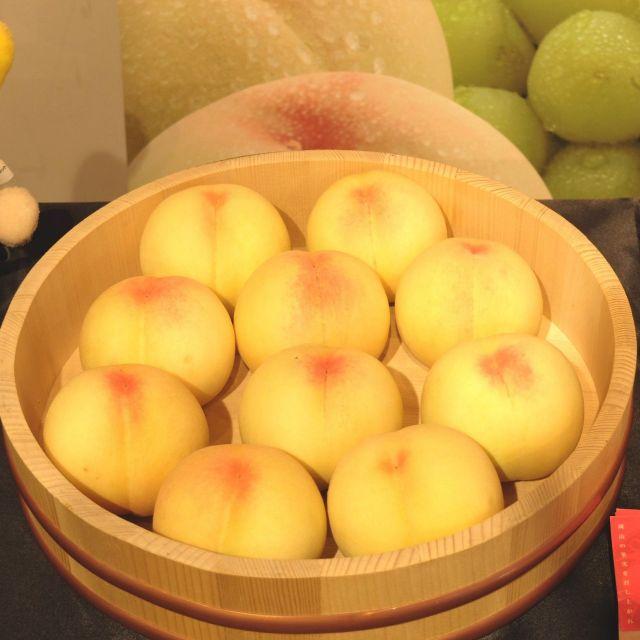 《新橋》甘くてジューシーな桃の季節が到来! 「岡山白桃スイーツフェア」開催中