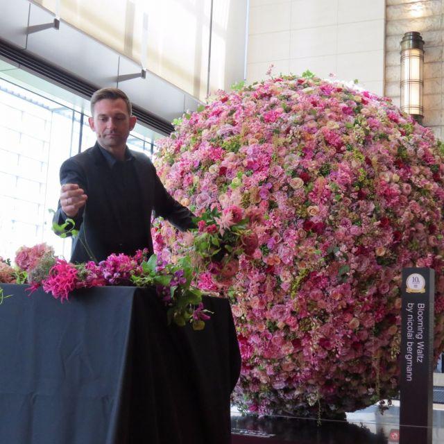 《東京》新丸ビル開業10周年 花をテーマにしたイベントなどを開催