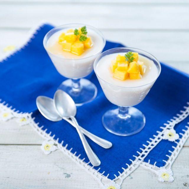 ビタミンA・C・Eで美肌に! アーモンドミルクとマンゴーの杏仁豆腐