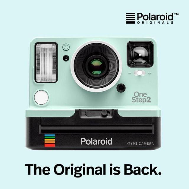 《二子玉川》爽やかなミント色のポラロイドと夏のお出かけ 人気のインスタントカメラに限定カラー