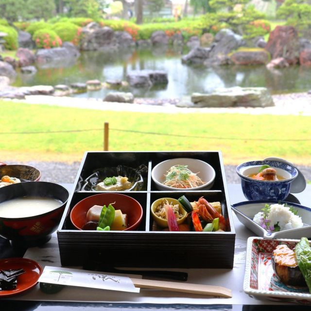 《京都》二条城の非公開庭園を眺めながらゆば粥の朝ごはんはいかが