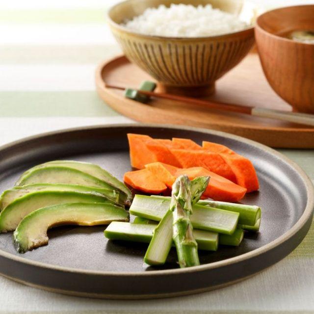 ちょっとの調味料であっという間に〝しみうま無限〟レシピ~野菜の味噌漬け