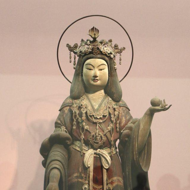 《三越前》日本で最も美しい仏像「吉祥天立像」を11日まで公開 三井記念美術館
