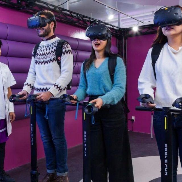 《渋谷》VRゲームと本格的な飲食が楽しめるカフェバー誕生