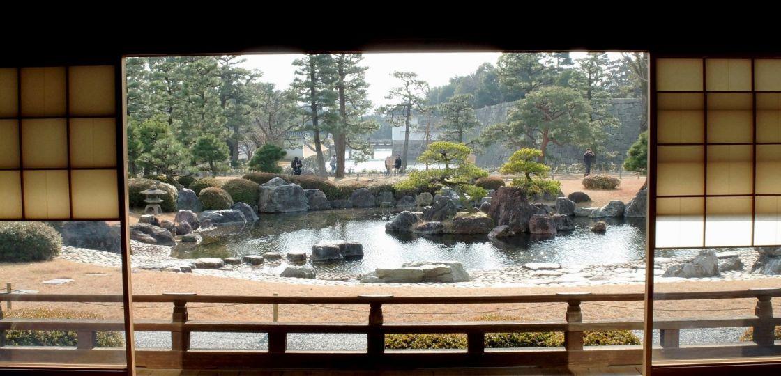《京都》二条城の非公開庭園を眺めながらスペシャルなランチ弁当はいかが